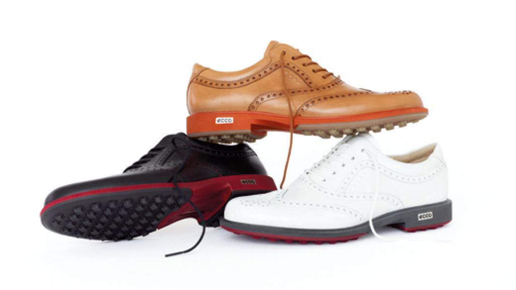 Ecco's formal spikeless shoe