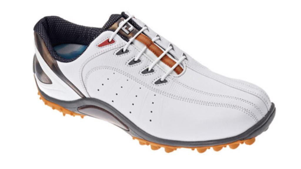 FootJoy Sport spikeless golf shoe review