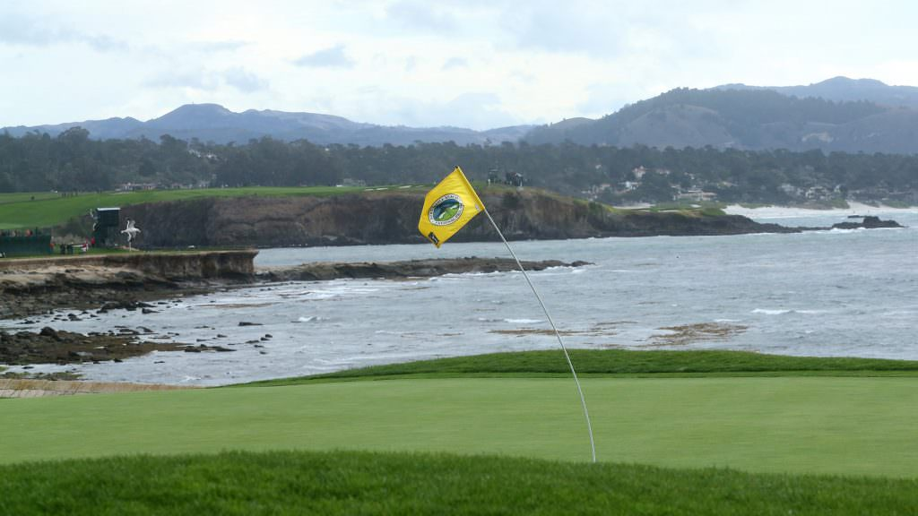 Lower your scores with these simple tips for playing in the wind