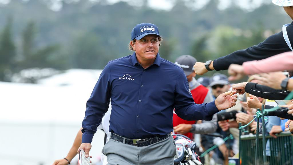 How Mickelson can play the perfect host on the PGA Tour
