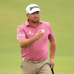 McDowell hit with slow play warning in bizarre circumstances