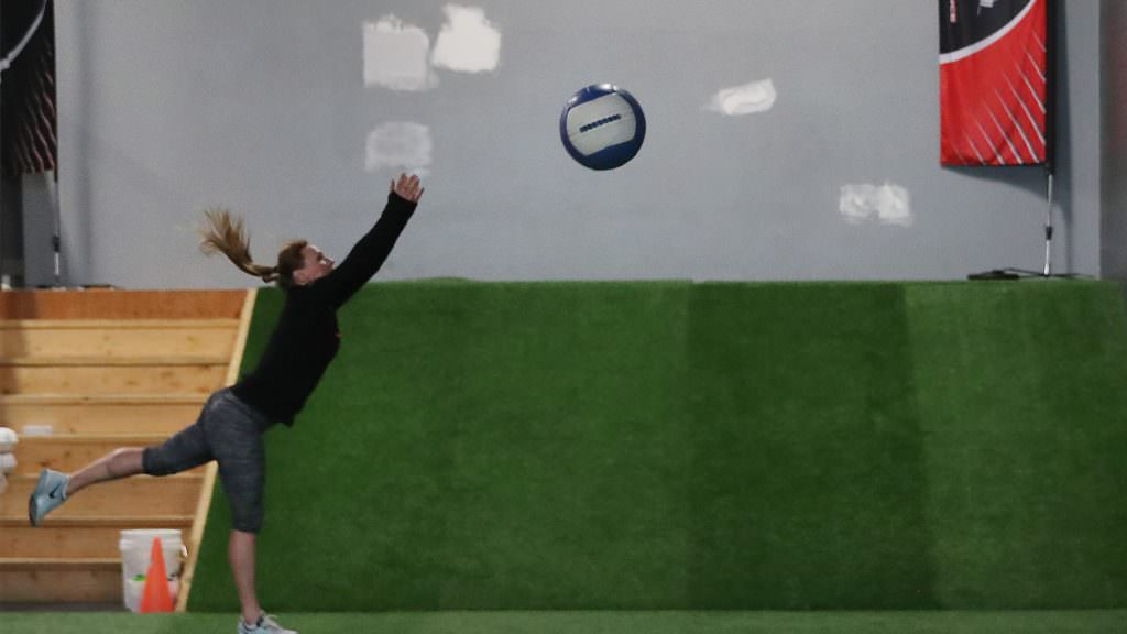 Golf fitness exercises: Strengthen your back for more speed