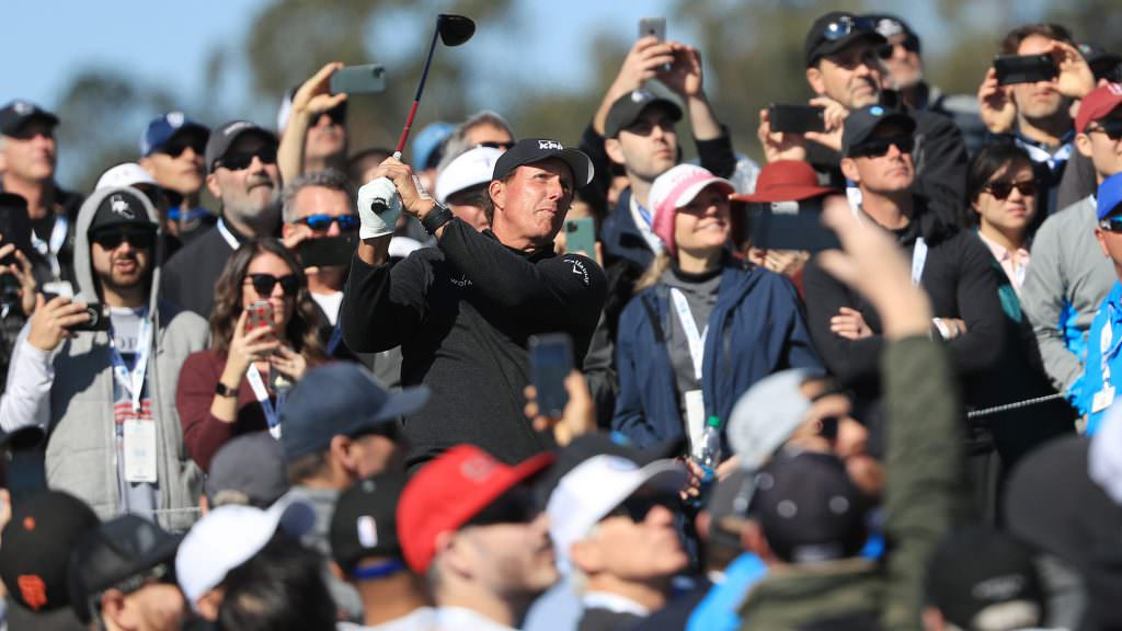 Welcome to another of Mickelson's weird weekends