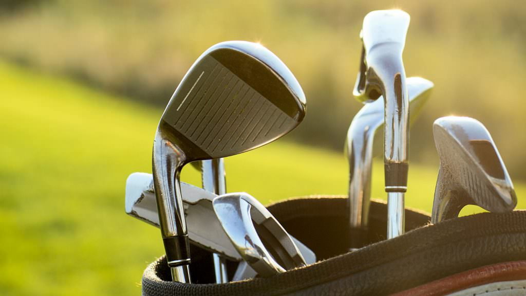 Is it time to lift the restrictions on the number of clubs we're allowed in our golf bag?