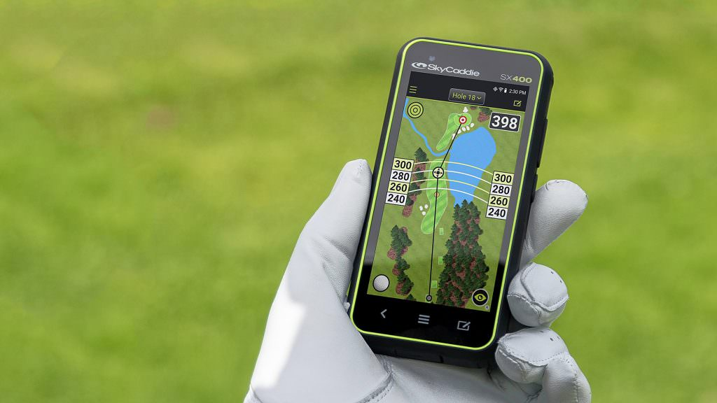 Gift ideas for golfers: Something for the tech fans