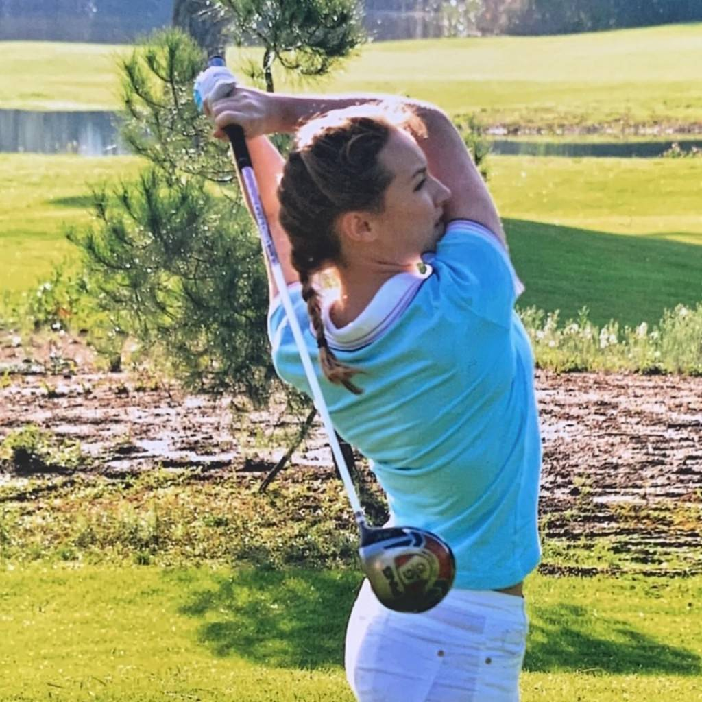 girls and golf