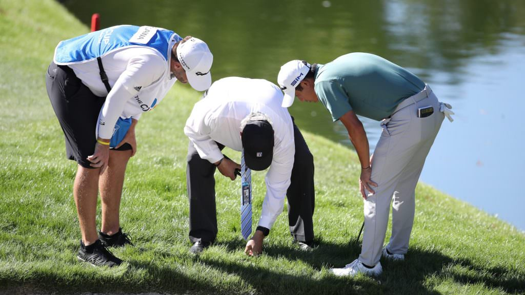Rules of Golf explained: Do I need to tell my partners I'm lifting my ball?