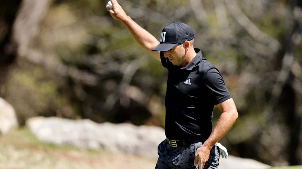 Have you ever seen anything like this? Watch Sergio win match with walk-off hole-in-one